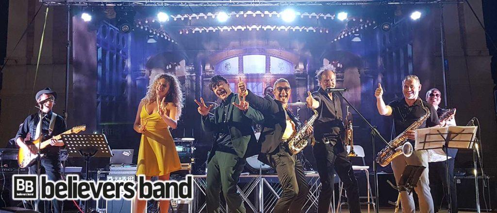 L'immagine ritrae il gruppo musicale Believers Band