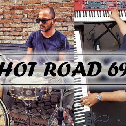 L'immagine ritrae il gruppo musicale Hot Road 69