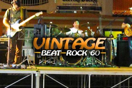 L'immagine ritrae il gruppo musicale Vintage Beat Rock 60